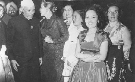 Вприемной ярославского детского омбудсмена висит фотография Сталина— Очевидец